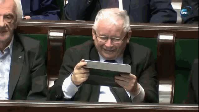 Watch Uśmiech Prezesa - @rzep wykop.pl GIF by sigg (@sigg) on Gfycat. Discover more polska, wykop GIFs on Gfycat