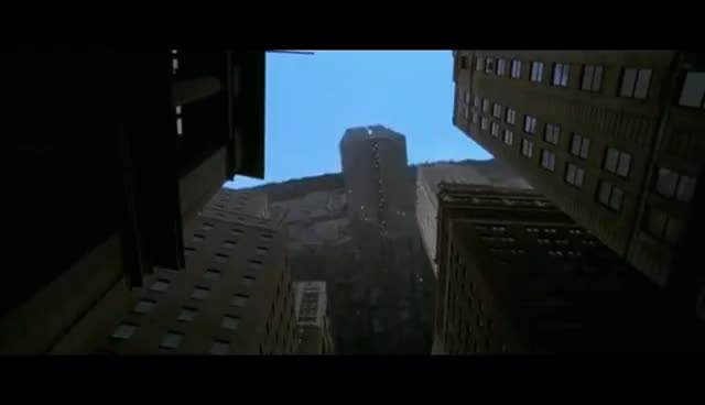 Watch and share Independence Day — Aliens Attack Scene GIFs on Gfycat