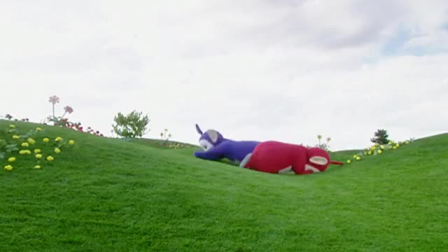 Watch Teletubbies: Teletubbyland Field Tree Far Away 1 (1997-2001) GIF by Linda Fearon (@liam1016) on Gfycat. Discover more 2015, Dipsy, Laa-Laa, Po, Teletubbies, Tinky-Winky, full episode, new episode, teletubbies new episode, teletubbies theme song GIFs on Gfycat