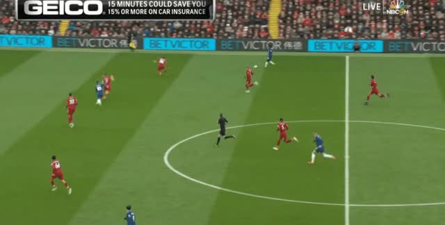 Watch and share Willian Short Pass Vs Liverpool 18-19 02 GIFs by FIFPRO Stats on Gfycat