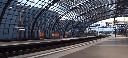 traingifs, Compact 'ICE' train in Berlin (reddit) GIFs