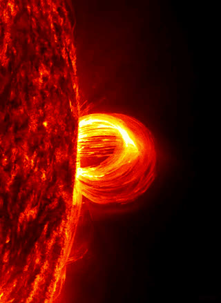 Erupting from the Sun, a loop of plasma four times the size of Earth (xpost from /r/inspirationscience) • r/gifs GIFs