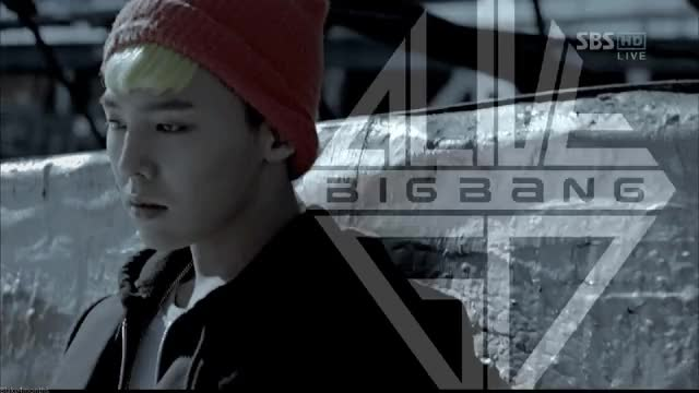 Watch G-Dragon 'Alive' GIF by blake4monthsss GIF on Gfycat. Discover more related GIFs on Gfycat