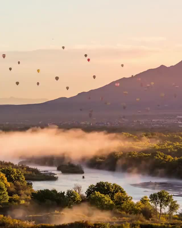 Emeric's Timelapse, pmmesteamk3ys, One of the most magical moment of my career as a timelapse photographer, filming more than 700 air balloons take off at the Albuquerque Inte GIFs