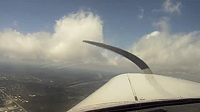 aviationgifs, Controlled stall and a few sharp turn in a piper cherokee GIFs