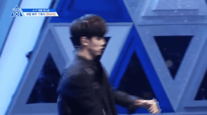 Những gương mặt từng khiến HLV và netizen dậy sóng tại vòng xếp lớp ở 2 mùa Produce 101