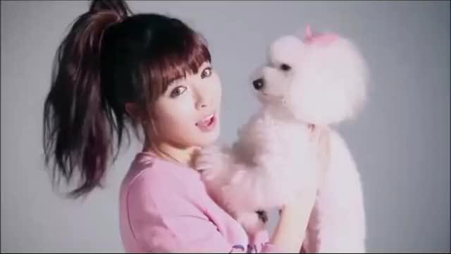 Watch HyunA [r/Smoopys_Celebs] GIF by Smoopy (@smoopy) on Gfycat. Discover more HyunA, celebs, k-pop GIFs on Gfycat
