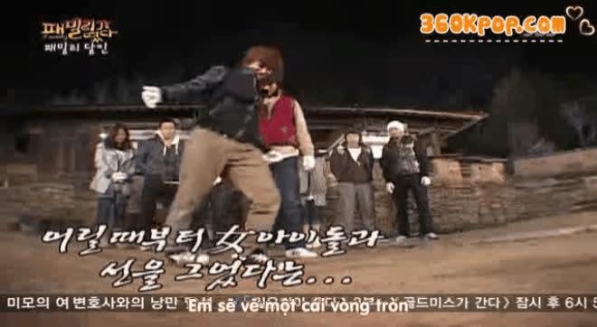 Bắn nước qua kẽ răng  Biệt tài tìm hoài chưa thấy đối thủ của Kim Jong Kook