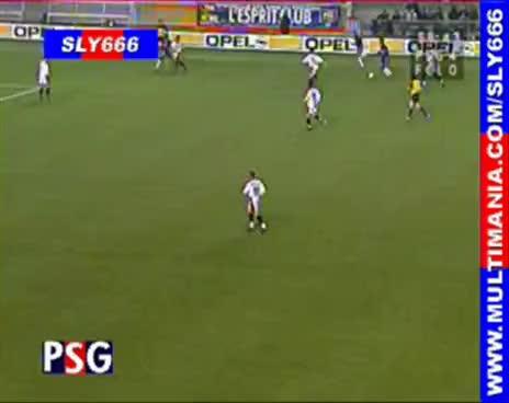 Watch and share Ronaldinho GIFs and Jugada GIFs on Gfycat