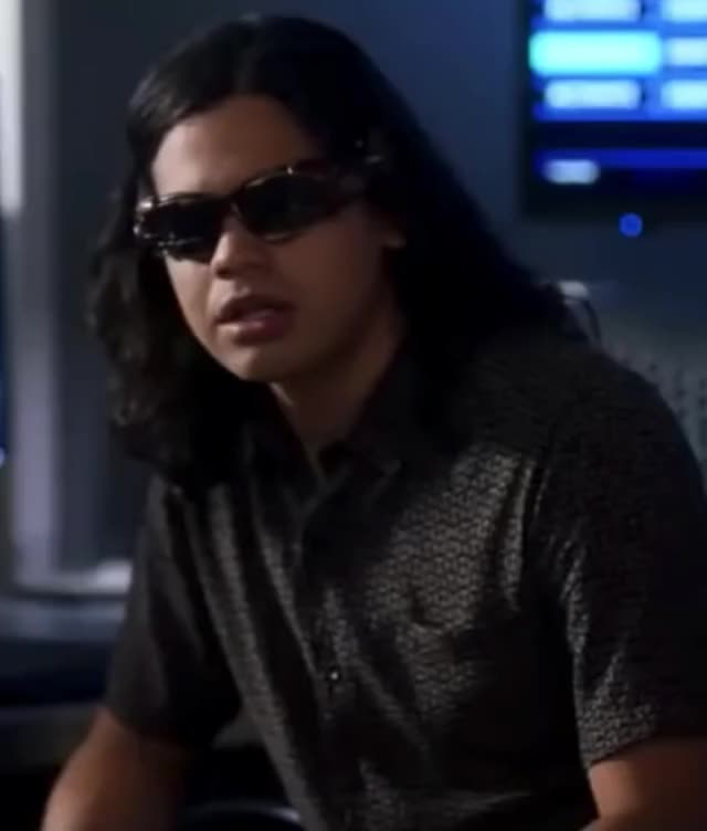 Watch this trending GIF on Gfycat. Discover more carlos valdes, celebs, cw, danielle panabaker, funny, grant gustin, season 5, the flash GIFs on Gfycat