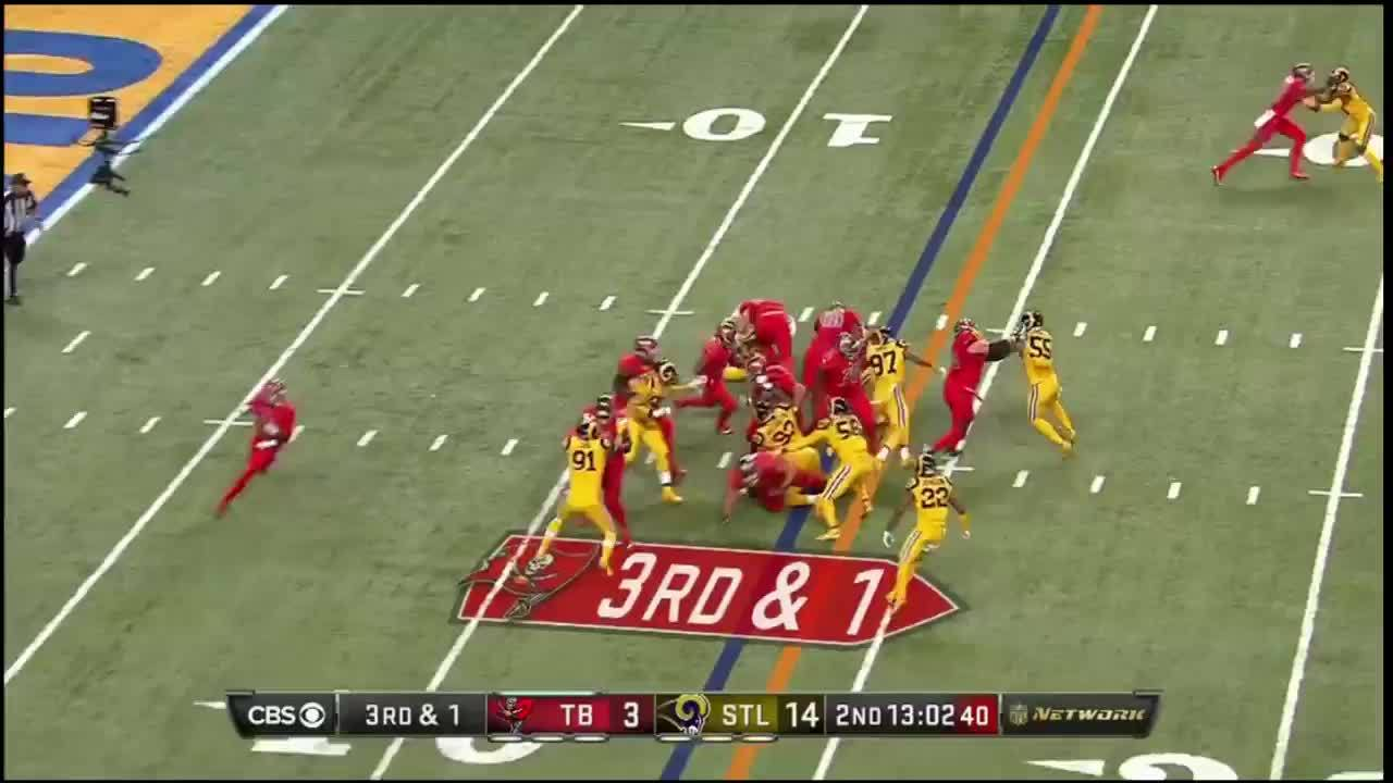 buccaneers, Play 4 GIFs