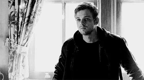 Watch this trending GIF on Gfycat. Discover more Dylan Massett, Max Thieriot, bates motel, bates motel gifs, boy style, boys gif, gun, reblog, style, swag GIFs on Gfycat