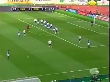 imagesofthe2000s, soccer, Ronaldinho free kick vs England 2002 GIFs