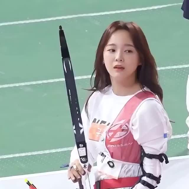 Watch and share Kim Sejeong GIFs and Gugudan GIFs by Rob on Gfycat