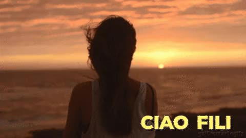 Watch and share Femme, Coucher De Soleil, Ciao Fili GIFs on Gfycat