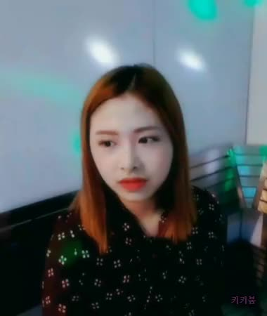 Watch and share Honeycam 2018-06-26 18-57-02 GIFs by 키키붐 on Gfycat