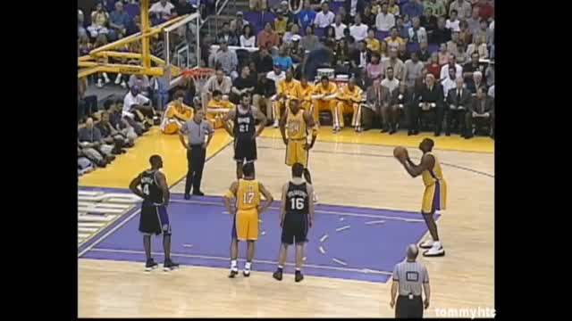 Watch Shaq's Freethrows at its best - throwing grenades GIF on Gfycat. Discover more All Tags, Kings, Miss, Neal, Shaquille, basketball, bryant, finals, free, freethrows, funny, kobe, nba, parody, sacremento, shaq, throws GIFs on Gfycat